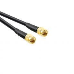Detailes view of SMA male plug