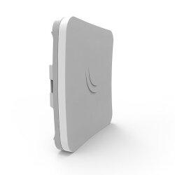 MikroTik SXTsq 5 AC RBSXTsqG-5acD 5 Gigahertz 16dBi directional antenna outdoor