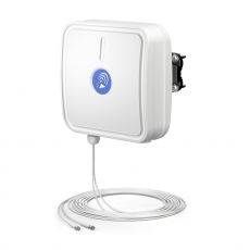 QuWireless QuPanel HP Multiband 4G directional antenna with robust housing
