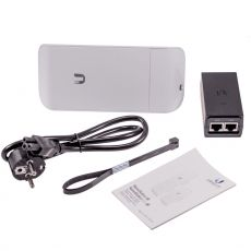 Nanostation LOCOM5 - scope of delivery with PoE injector and mounting accessories